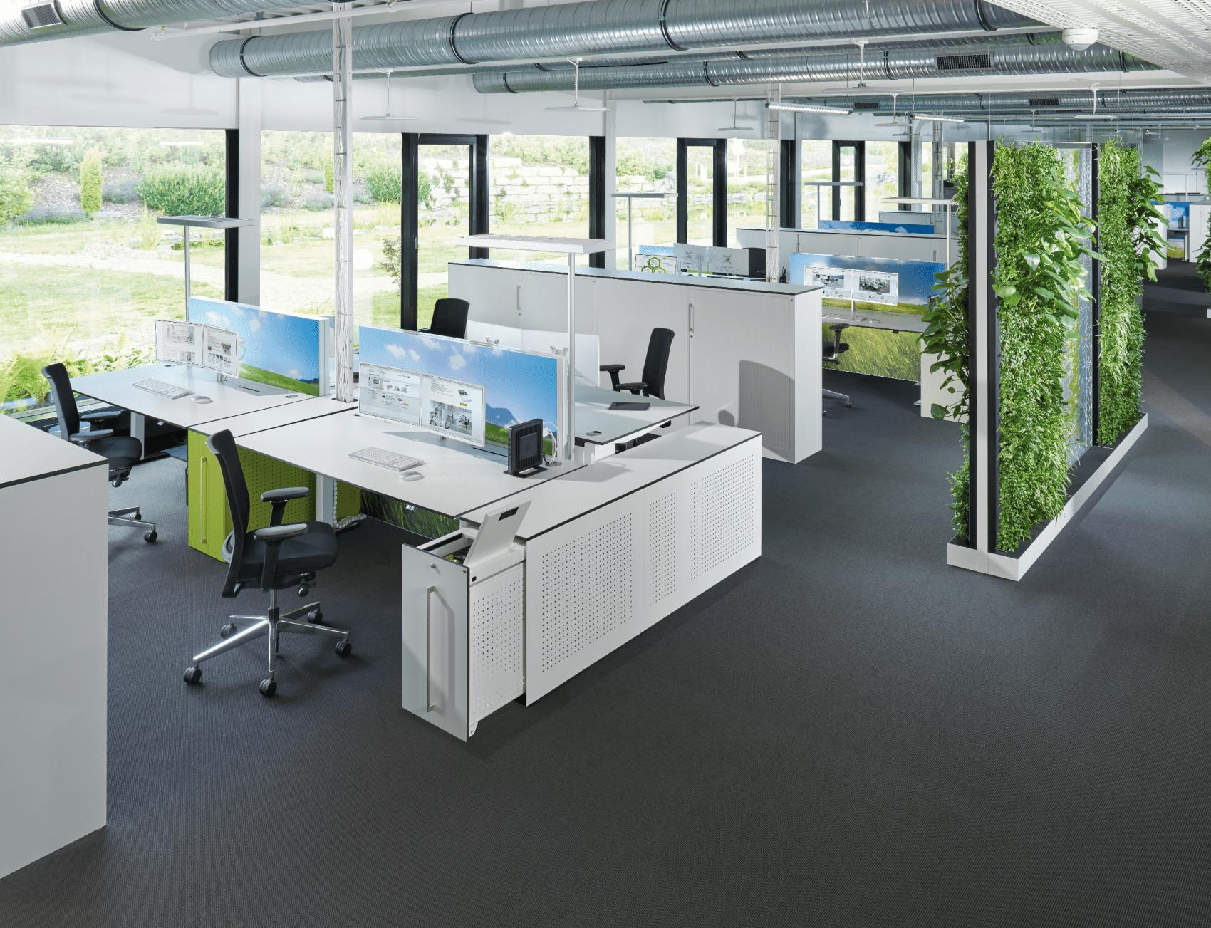Büromöbel  und Einrichtungvon