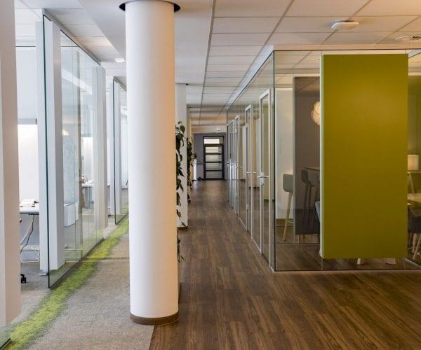 Raum Systeme zur akustischen Optimierung von Büro Flächen